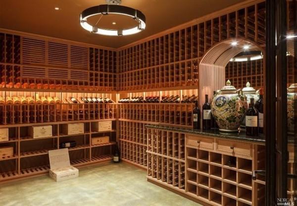 lavid-wine