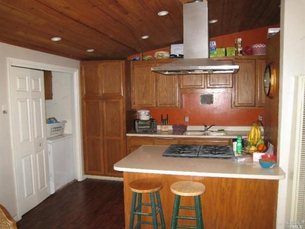 nicoli-kitchen