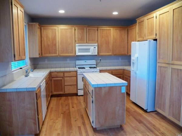 cloverdale-kitchen