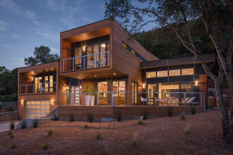 Prefabulous 6 stunning sonoma county prefab homes for Ville lusso moderne