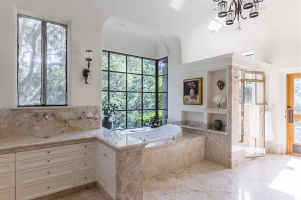 Knights Valley Ranch Master Bathroom