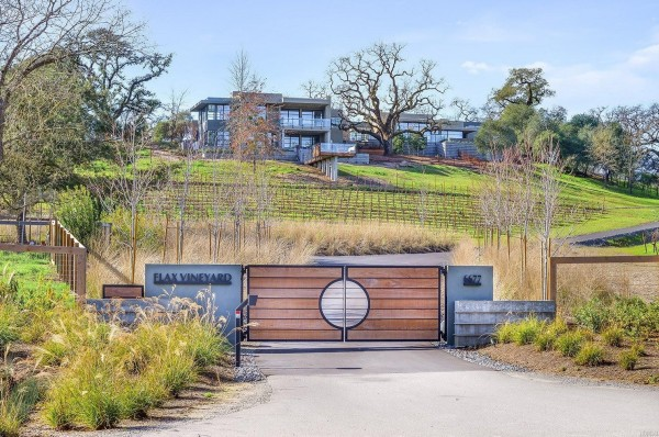 Flax Vineyard Estate 19