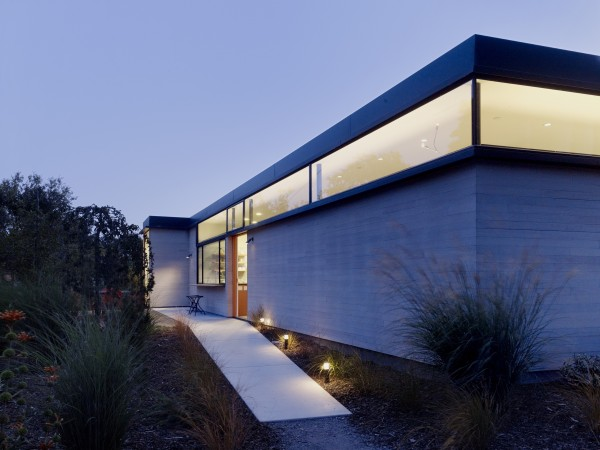 The Hydeaway House, Sonoma, designed by Schwartz and Architecture (Photography: Matthew Millman)