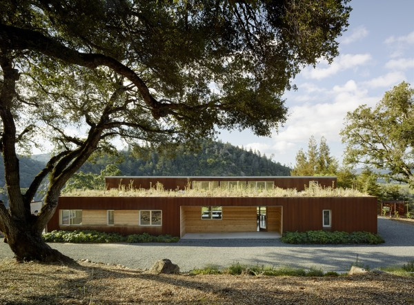 The Cloverdale Residence, designed by Turnbull Griffin Haesloop (Photography by Matthew Millman)