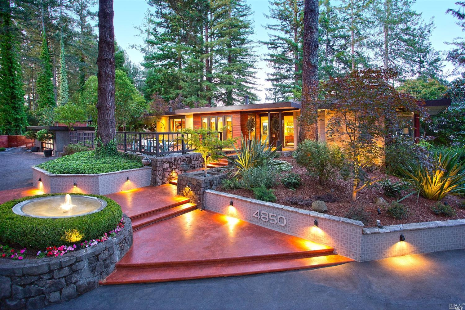 Mid century modern estate makes a statement in santa rosa for Modern home blog