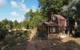 Cottage 2. (Image via Coldwell Banker)