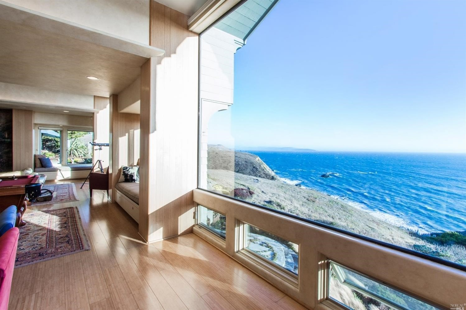 Sun Filled 2 9m Home Offers Stunning Views Of Bodega Bay