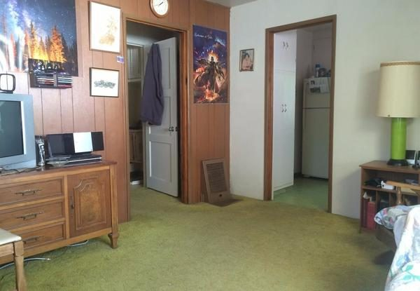 princeave2.jpeg Interior.(Image via Coldwell Banker Giovannoni & Cooper Realty)