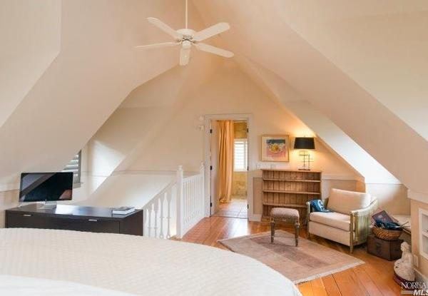 Upstairs bedroom. (Image via Pacific Union International)