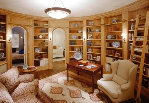 Library. (Photo courtesy of Sotheby's International Realty)