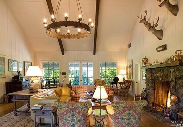 Living room in the main house. (Photo courtesy of Coldwell Banker)