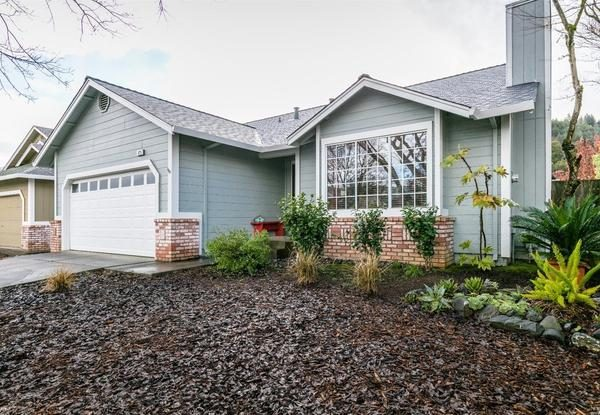 123 William Cir, Cloverdale (All photo courtesy of Sonoma Realty Group)