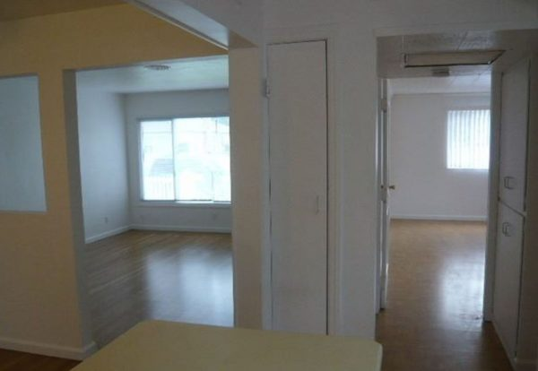 Interior. (Photo courtesy of Round Barn Property Management)