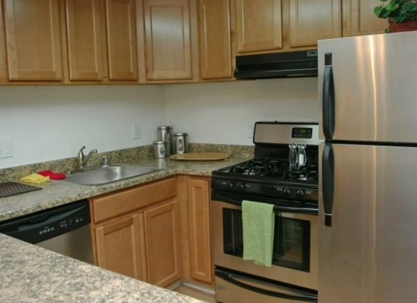 Kitchen (Photo courtesy of Alliance Residential Company)