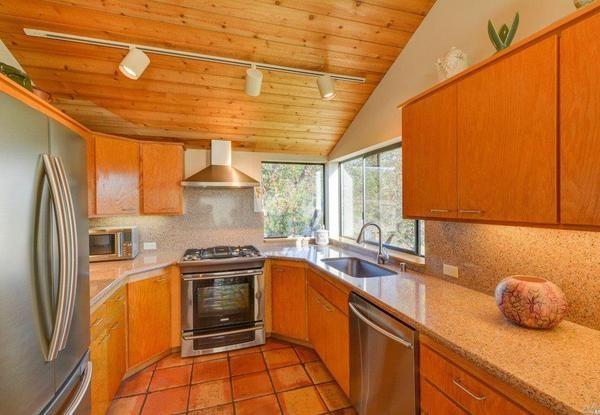 Kitchen. (Photo courtesy of Kennedy & Associates)