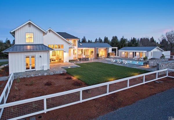 New 9.2M Healdsburg Home Mixes Luxury With Rural Farmhouse Chic